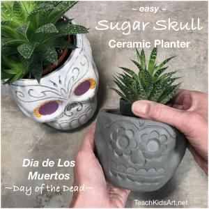 Easy Sugar Skull Ceramic Planter for Dia de los Muertos / Day of the Dead